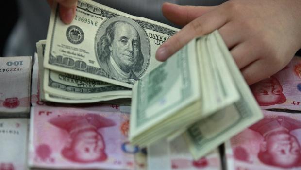 dollar-yuan_620x350
